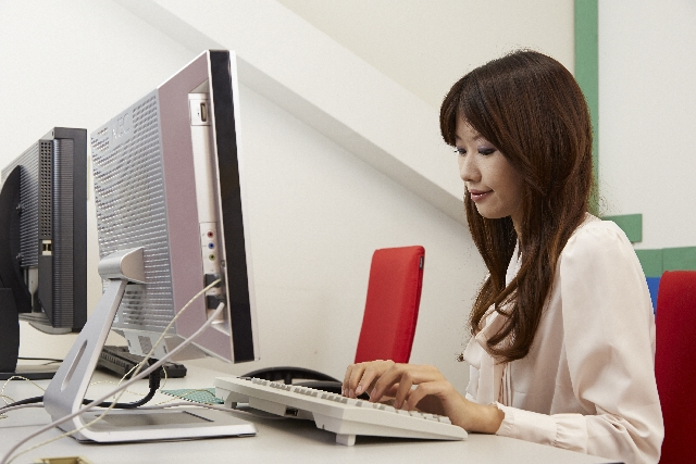 キャリア女性の新しい生き方「ゆるキャリ」女子が増えている?
